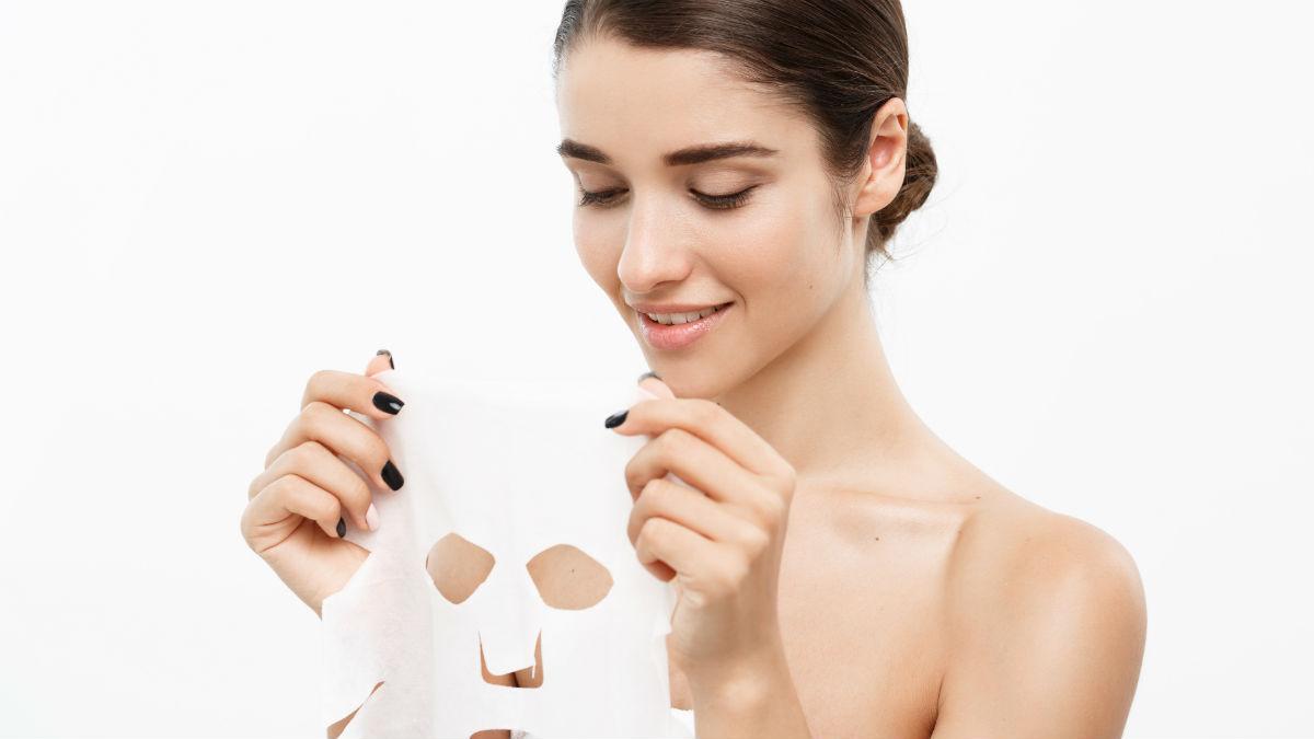 Hoe stap voor stap een gezichtsmasker aan te brengen?